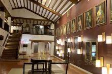 托莱多古堡酒店&大教堂  山城托莱多 也是塞万提斯笔下的永恒之城 也是西班牙的宗教中心 教堂内部非常