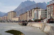 藏乡小江南,美丽家园。