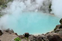 难忘别府地狱谷那一抹Tiffany蓝  umi jigoku海地狱是八大温泉中最大的一个。于1200