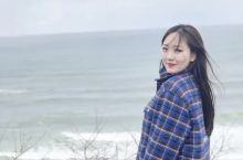 此时的北海道,本以为看不到雪了,却在小樽到朝里看海的路上遇到了漫天的大雪。札幌的狸小路步行街,童话般