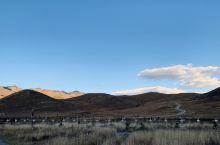 稻城亚丁的冰雪神山,美丽而庄严!