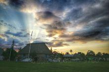 楠迪(斐济)  楠迪(Nandi),斐济第三大城市。坐落于该国最大岛屿维提岛西部,人口42284人(