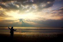 《来自霍邱的诱惑:我真的很想去旅游……》  我是孤独浪子,希望我的拍拍让您有所收获。 漫游神州31载