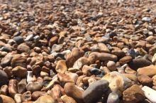 哪儿也不能去 系列 @Brighton 沙滩上只有石头 圆圆哒 布莱顿海滩