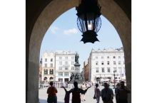 中欧五国行DAY6(2)  进入波兰,与其它四国不同,我们造访的不是它们的首都华沙,而是克拉科夫古城