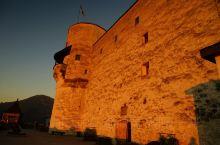 夕阳西下,血色城堡