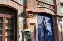 上海朱家角有座大清邮局遗址,据说是华东地区唯一留存的清朝邮局遗址。该遗址建筑始建于清朝末年的1903