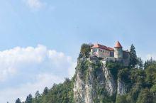 童话世界斯洛文尼亚-布莱德湖,下午光线不好,没有拍到最美的全景,上午才是正确的打开方式。这好像是欧洲