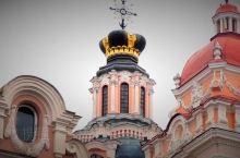 13至18世纪末,维尔纽斯作为立陶宛大公国的政治中心,在文化和建筑领域对东欧大部分地区产生了深远的影