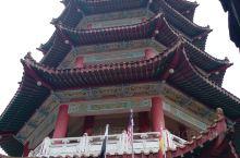 云顶清水岩庙,弘扬中华文化。山上有各种中华神话传说故事等雕塑。