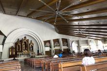 当地最大的教堂,非常安静,进入参观不可以戴帽子!