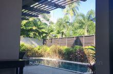 普吉岛酒店之迈考安纳塔拉度假会酒店。 九月份去曼谷过生日的时候顺便办理了安纳塔拉度假会的会员,时隔一