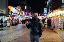 住在位于东大门的Sotetsu Hotel,可以看到街景而且夜景非常美。 但晚上真的好冷-8℃,而且