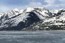大提顿国家公园位于美国怀俄明州西北部,壮观的冰川山区。