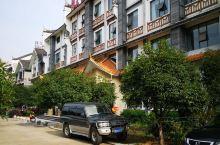 中国仙桃,体操之乡。在仙桃汽车站门口的广场上,看到了代表仙桃人民自豪的雕像,