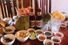 半桌子水果半桌子蘸料:富国岛的正餐是对一切饕餮客的当头棒喝/(附带饮食心得和饭店推荐)  富国岛是越