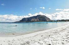 居然还有一个这么不为人知的优美小渔村 蒙德罗是意大利巴勒莫的一个僻静小渔村,到了最近,把这里发展成了