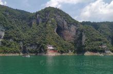 再走宜昌长江三峡,感受祖国大美河山。