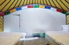 梅林的梅林塔拉蒙古大营,所有蒙古包都带独立卫浴,24小时热水,是当地条件最好的蒙古包景区。在这里可以