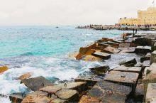"""由亚历山大大帝一手打造的海滨城市,被誉为""""地中海新娘""""。虽然饱经风霜依然吸引着世界各地的仰慕者。亚历"""