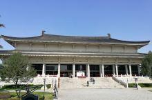 很值得的打卡的陕西历史博物馆。要免费游览,记得提前七天预约哦!