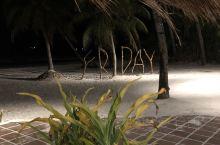 长滩岛星期五海滩 星期五海滩也是网红打卡地。我们的酒店就在附近,可以天天打卡啊。前六张图片就是从周日