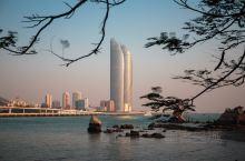 厦门位于福建省东南端,一个国家旅游圣地,而自然出名的是鼓浪屿与温州的江心屿齐名。可能太出名了有些商业