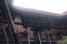 尼泊尔杜巴广场,库玛丽接见众生的阁楼