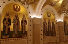 圣萨瓦教堂(塞尔维亚语:Храм светог Саве/Hram svetog Save),是塞尔