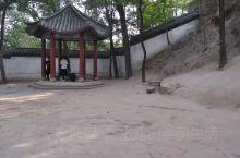 河南省焦作市陈家沟有一个陈家大户,因为杨露蝉在这打工偷学武功而出名,现在这里已经成为了旅游景点,也立