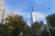 韩国大田位于首尔南边,是第二大工业城市。这的建筑很有特色,建筑风格不拘一格