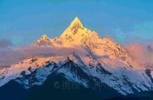 《来自丙察察的诱惑:一路孤独的陪伴……》          丙察察是从云南贡山县丙中洛乡出发,经西藏