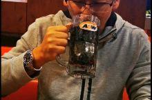 温哥华·大温哥华 16年没有喝过艾德熊的雪山乐啤露啦,学生时代的味道,清凉油冰激凌饮料,就是内个味。