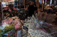尼斯海边的鲜花市场