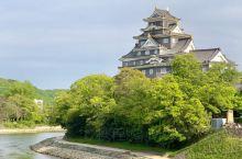 冈山城,因为天守阁墙身是黑色,而顶部有金色的兽头瓦,故又称金乌城。第一期修筑在1597年峻工。168
