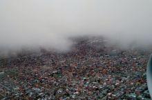 高空下的拉巴斯很美