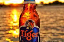 每天都要给自己一段悠闲的时光,今天夕阳下的浪漫是属于亚庇新天地的,在这里喝点小酒等待红霞布满天际。会