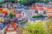 捷克卡罗维发利世界温泉小镇,人们喝温泉水,到底是什么味道呢?如果你去捷克一定必须不能错过这两个小镇,