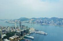 详细地址:  香港九龙柯士甸道西1号环球贸易广场100楼  推荐理由:  香港最美最全的夜景在这里