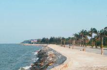美丽的多宋海滩 多宋海滩离市区比较远,我是在~~海防市中心租的车~~,用Google Map 自己导