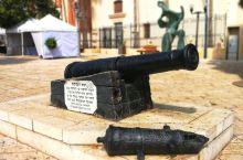 雅法,两座合二为一的城市,一边是只有百年历史的现代化城市特拉维夫, 一边是已有4000年历史的雅法古