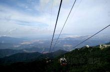 巴拿山缆车上的风景