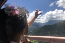 翻越四姑娘山,沿途最高海拔3800多,在经历了过折多山的不舒服后。休息两天,终于适应了海拔3000。