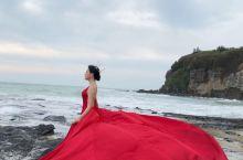 围洲岛五彩滩拍摄的婚纱照,大家看拍照地景美吗?