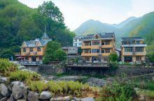 一个静谧的小山村,在这里负氧离子浓度都是上万的,入住村里的(涓香林舍民宿),家人淳朴好客,给你一个温