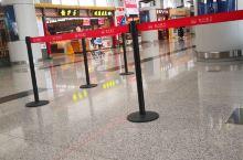 成都机场,T二航站楼,名小吃还不错