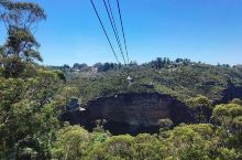 缆车上畅游蓝山            一一澳大利亚卡通巴蓝山绝景世界 从悉尼出发搭两个小时火车到达卡
