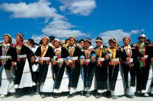 #了解这些节日是打开香格里拉的最佳捷径~  我们都知道,香格里拉是一个少数民族聚居地,因此这里的节日