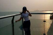 洋浦大桥的海上玻璃栈道与千年古盐田  盐田历史悠久,据元朝万历《琼州府志》记载: