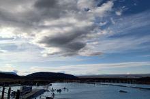米湖温泉,价格好像200多一个人。和国内开水池子不一样,这里一进去就是臭鸡蛋味~个人感觉冰岛北部也就